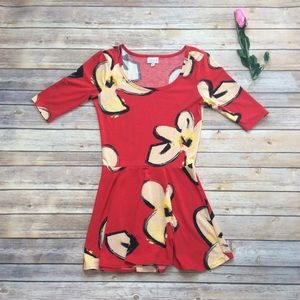 Lularoe red perfect t with cream flowers XS